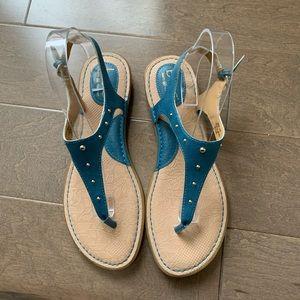 NWOT B.O.C. studded sandals